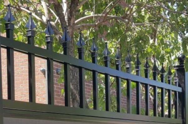composite fence with aluminum lattice canada